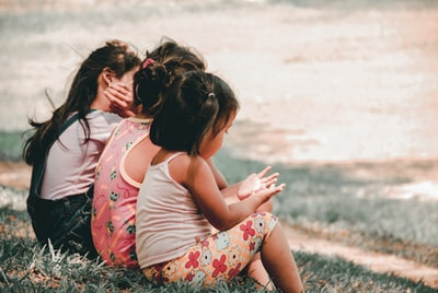 How to teach your kids to play outside without the kids getting hurt
